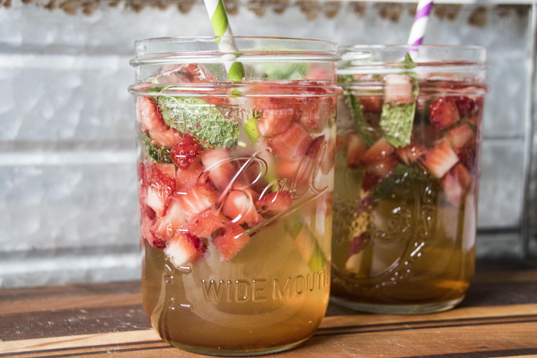 Strawberry Honey Mint Gazoz